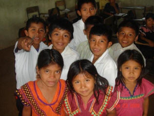 Guaymi Indian students